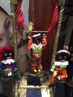 Zwarte Piet aan rekstok