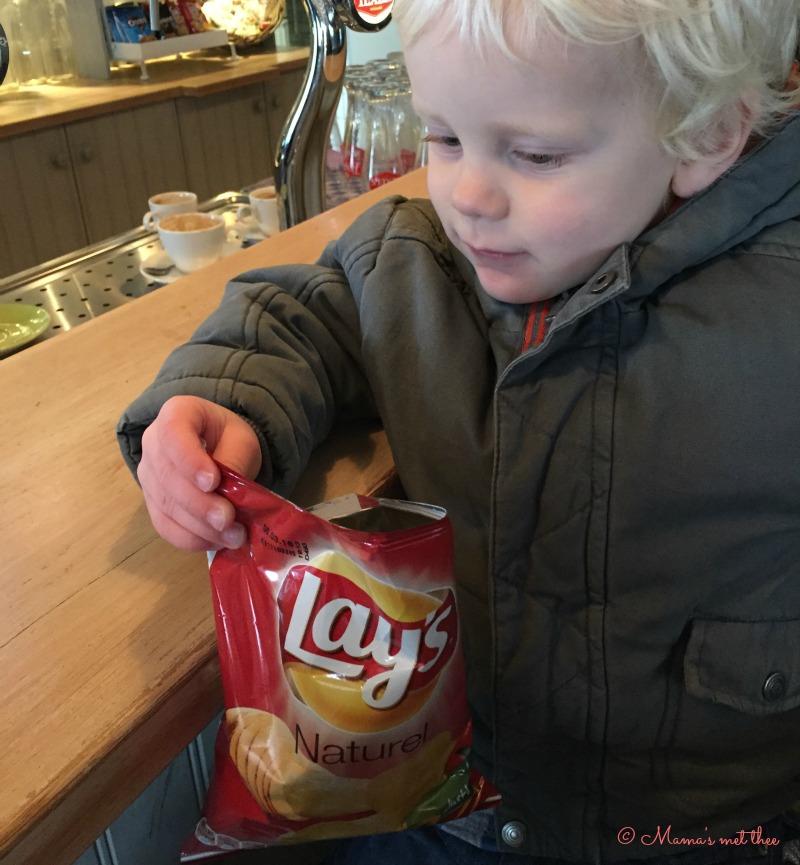 Boeman of Sinterklaas_Zakje chips